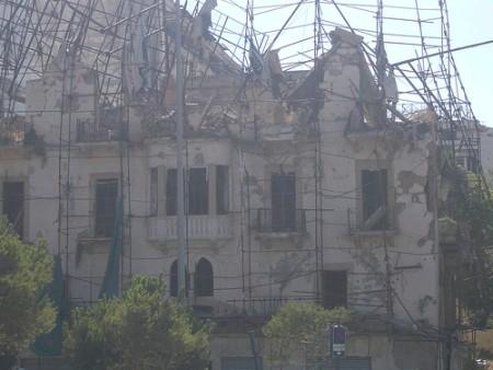 Gebaeude neben Hariri Attentat Beirut 2005