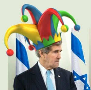 John Kerry mit Narrenkappe